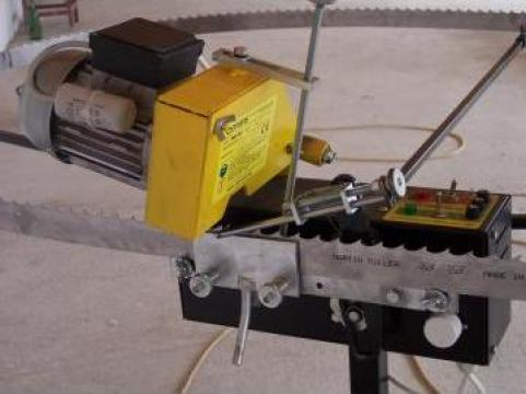 Masina de ascutit panze panglica MA50 de la Donaris
