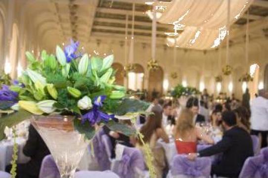 Aranjament sala nunta de la Gold Event