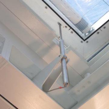 Sistem automat de deschidere a geamurilor PLA10 de la Gerompis Srl