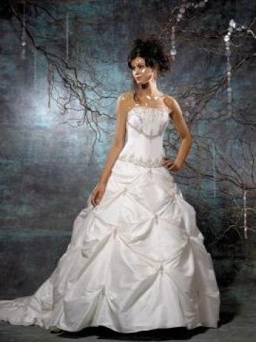 Inchiriere rochie de mireasa de la Gabriellemariage
