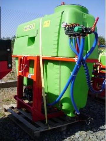 Masini de erbicidat 600- 5000 litri de la Agritech Srl