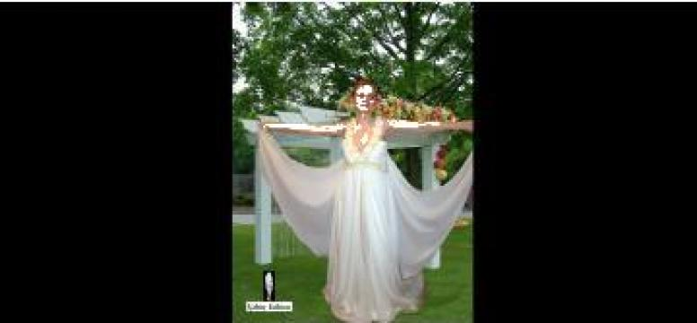 Rochie de mireasa din satin Butterfly Bride de la Sc Valmy Fashion Srl