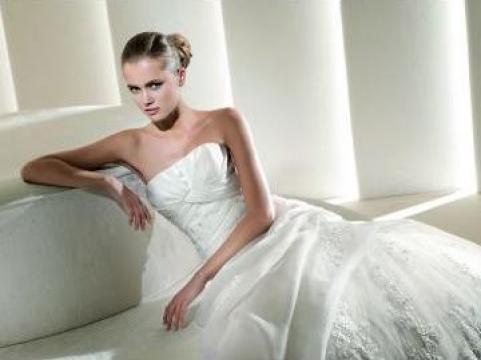 Rochie mireasa La Sposa 2011 de la Sc Cristal Mariage Srl