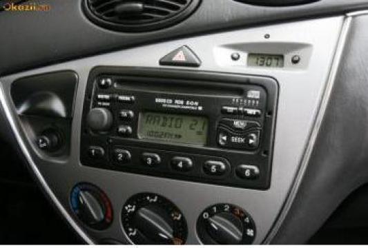 Radio casetofon Ford Focus I