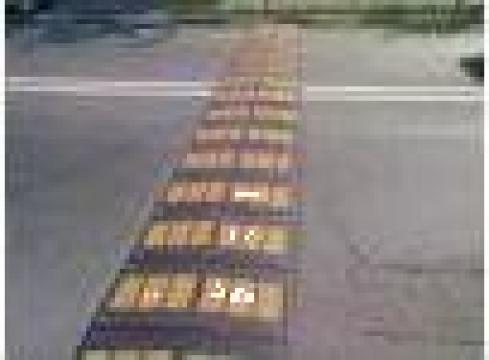 Limitatoare viteza din cauciuc de la Sc Comindflex Srl