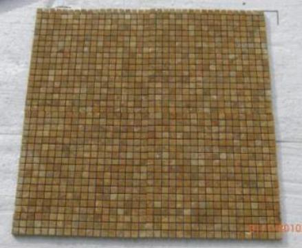 Mozaic travertin Yellow 1x4.8x4.8 cm de la Geo & Vlad Com Srl