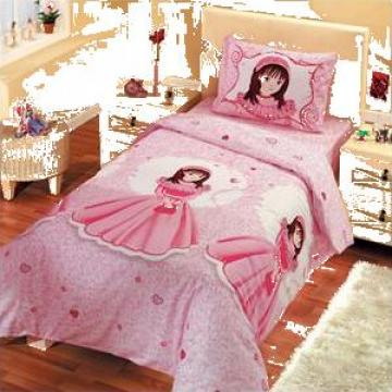 Lenjerie pentru pat de copii roz de la Johnny Srl.