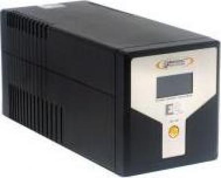 Stabilizator de tensiune (UPS) Infosec E2 LCD 600