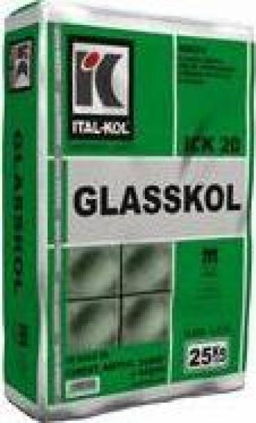 Mortar adeziv mineral Glasskol de la Ital Kol