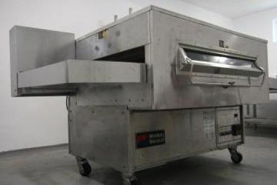 Utilaj linie compusa din cuptor tunel covrigi/ pizza de la Triumf Agro Invest - Tai 2007 Srl