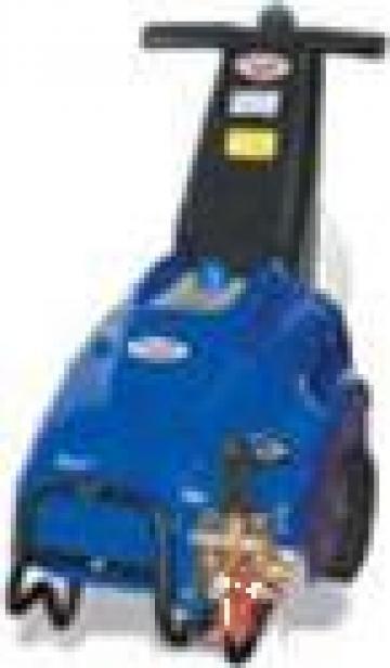 Aparat curatare cu presiune Durahip 3050 conectare 220V de la Tehnic Clean System
