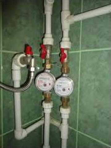 Montaj apometre apa rece si calda de la PFA Instalator