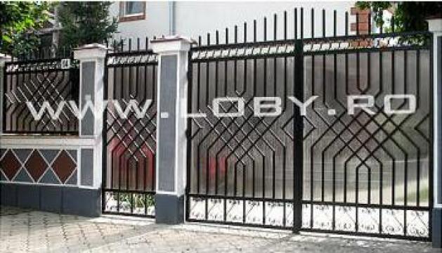 Gard si poarta din fier forjat Mozaic de la Loby Design