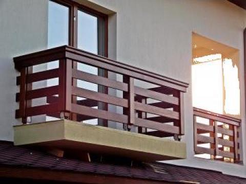 balcon balustrade din lemn masiv targu jiu eredin company s r l id 2693877. Black Bedroom Furniture Sets. Home Design Ideas