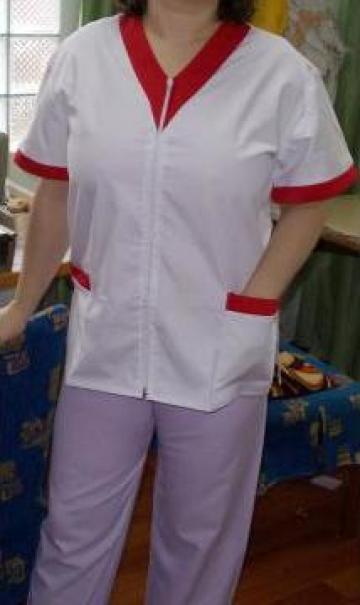 Uniforme medicale colorate din tercot de la Johnny Srl.