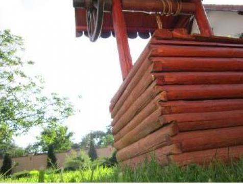 Fantana din lemn de la Garden Rustic Spatii Verzi