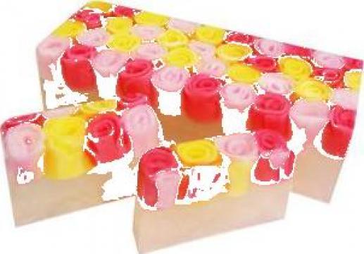 Sapun natural cu glicerina - Explozie de Trandafiri de la Pfa Ramona Chirila