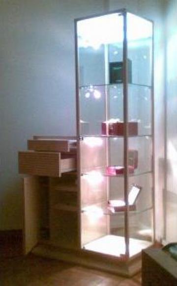 Mobilier magazin bijuterii / ceasuri / consignatie