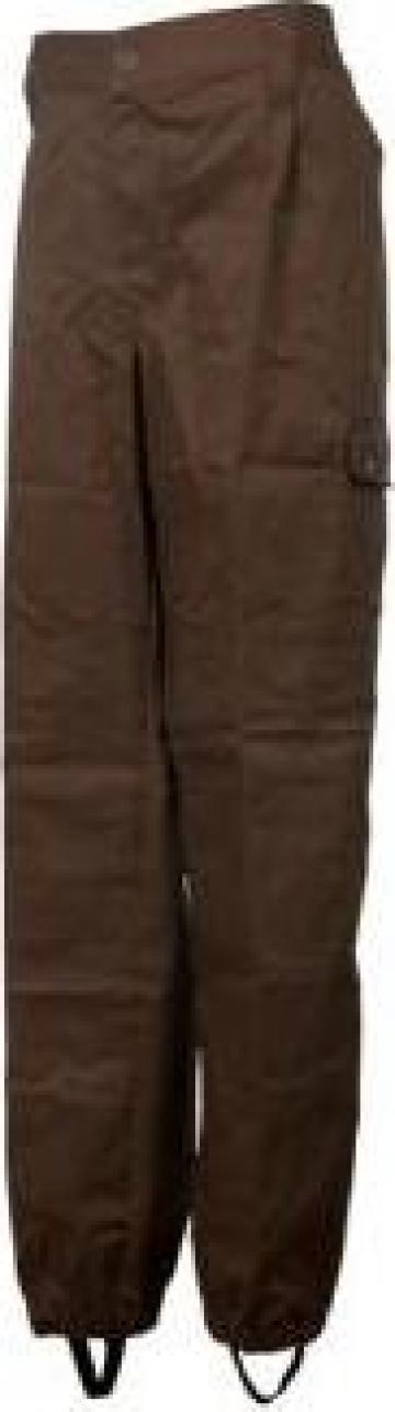 Pantaloni PSI cu buzunare laterale aplicate, gaici in talie de la Makaz