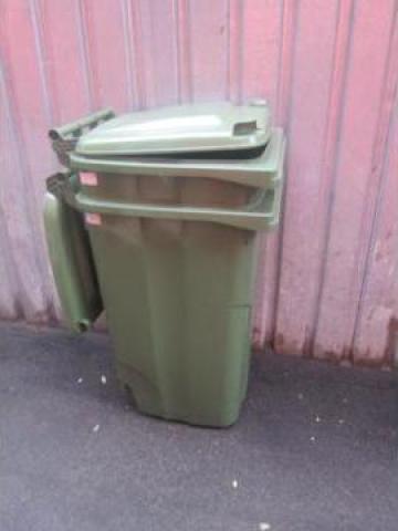 Pubela plastic 240 l verde de la Baza Tehnica Alfa Srl