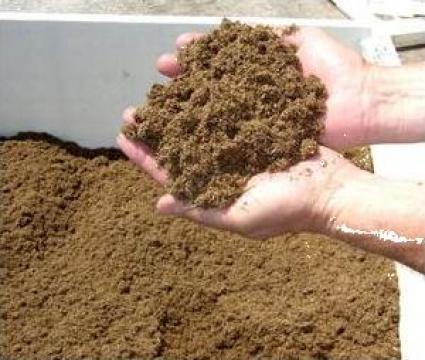 Absorbant biodegradabil hidrocarburi