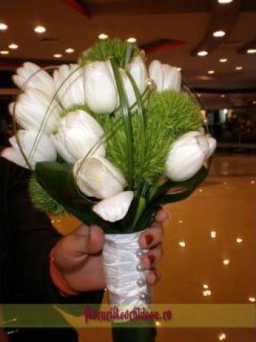 Buchet De Flori Mireasa Cu Lalele Albe Si Dianthus Verde Vaslui