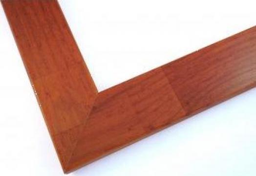 Rame lemn colorate tablouri de la Frameart Decor Srl.