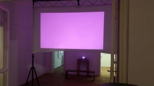 Ecran proiectie front/rear projection de la Prodrupo Consulting