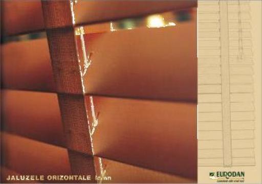 Jaluzele orizontale lemn 50mm de la Eurodan S.r.l.