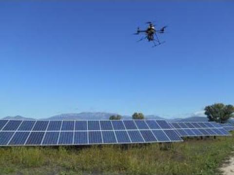 Fotografie aeriana - fotovoltaice si eoliene