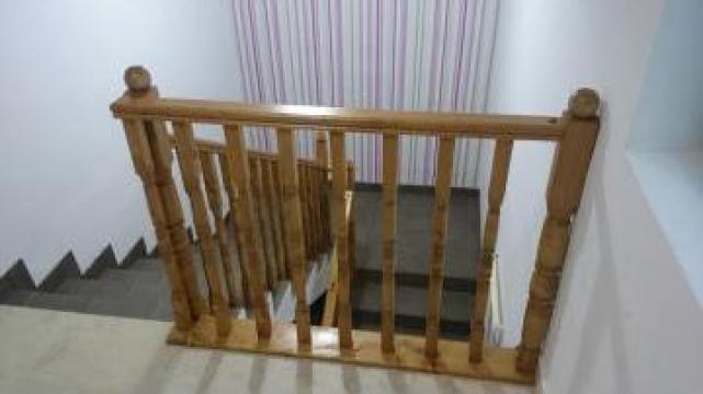 Balustrada lemn de la Leontech Electric Srl
