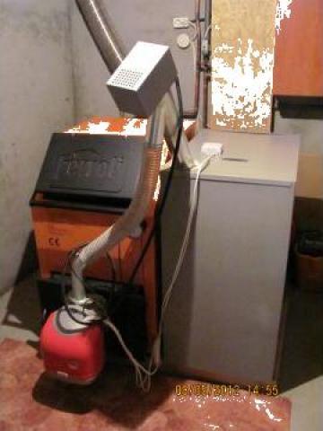Arzator peleti Ferroli 35 kw, melc, buncar, termostat de la