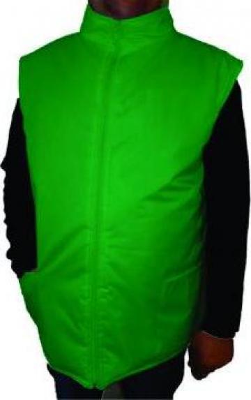 Vesta verde matlasata si vatuita din fas