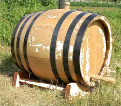 Butoaie din lemn de stejar de la PFA Tanase Victor