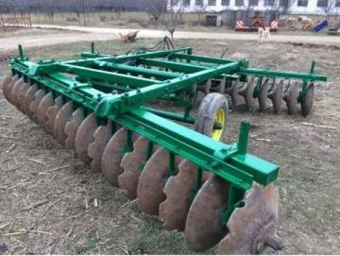 Disc agricol John Deere 4 m in V