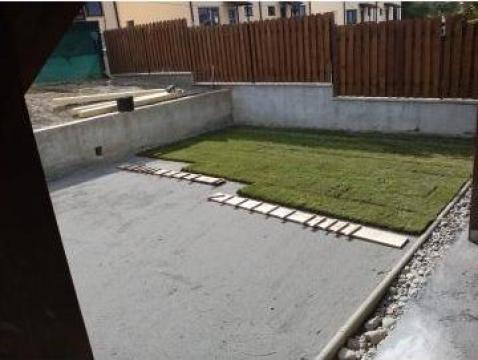 Amenajare spatii verzi cu gazon rulou de la Sc Noraron Garden Srl