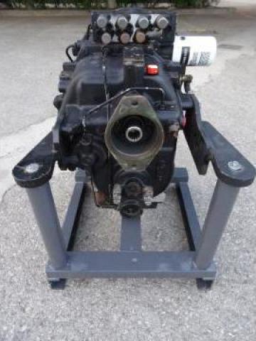 Cutie viteze buldoexcavator Komatsu WB97 R-5 de la Instalatii Si Echipamente Srl