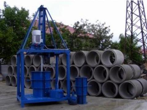 Utilaj pentru fabricat tuburi din beton de la Arghir Prodex Srl