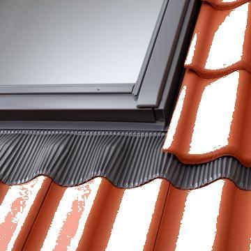 Sistem de rame pentru etanseitate ferestre Velux EDW 0000 de la Astek Concept Construct