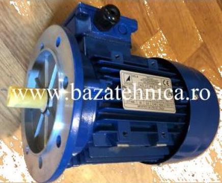 Motor electric 0,37 kw x 1500 rpm, cu flansa B5, 230400V de la Baza Tehnica Alfa Srl