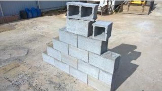 Boltari din beton de la Gurgui Jugariu George Pfa