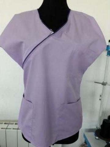 Bluza medicala mov cu fermoar