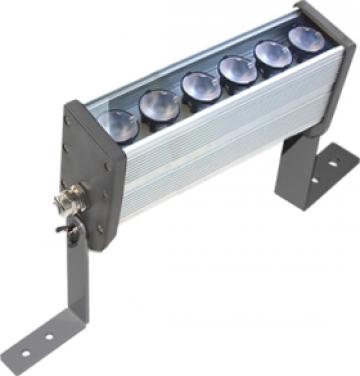 Proiector liniar cu 6 LEDuri de la Electrotools