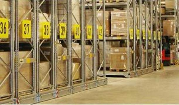 Rafturi mobile pentru semi-automatizare de la Dexion Storage Solutions Srl