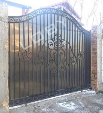 Poarta si panou de gard din fier forjat Bird de la Loby Design