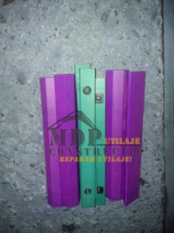 Patine brat telescopic Caterpillar de la Magazinul De Piese Utilaje Srl