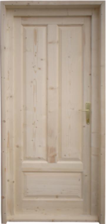 Usi lemn masiv pentru depozite de la SC Generic Prodimpex SRL