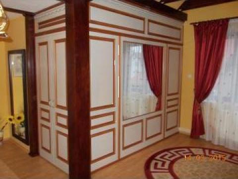Mobilier lemn masiv de la Rofelemn Srl