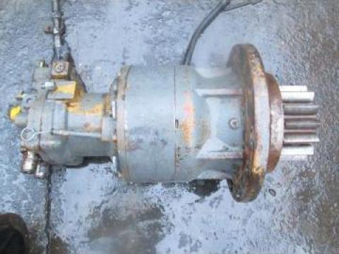 Reductor de rotire de excavator JCB JS200LC cu hidromotor de la Pigorety Impex Srl