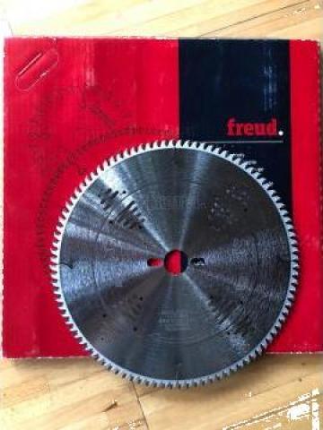 Panza circular Freud de la SC Briogrup Profesional SRL